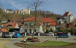 http://fotobabij.blogspot.com/2016/04/kazimierz-dolny-ruiny-zamku-koscio.html