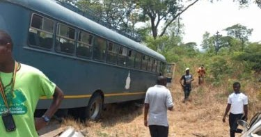 ONE KILLED AS AIRFORCE OF ZIM BUS CRASHES