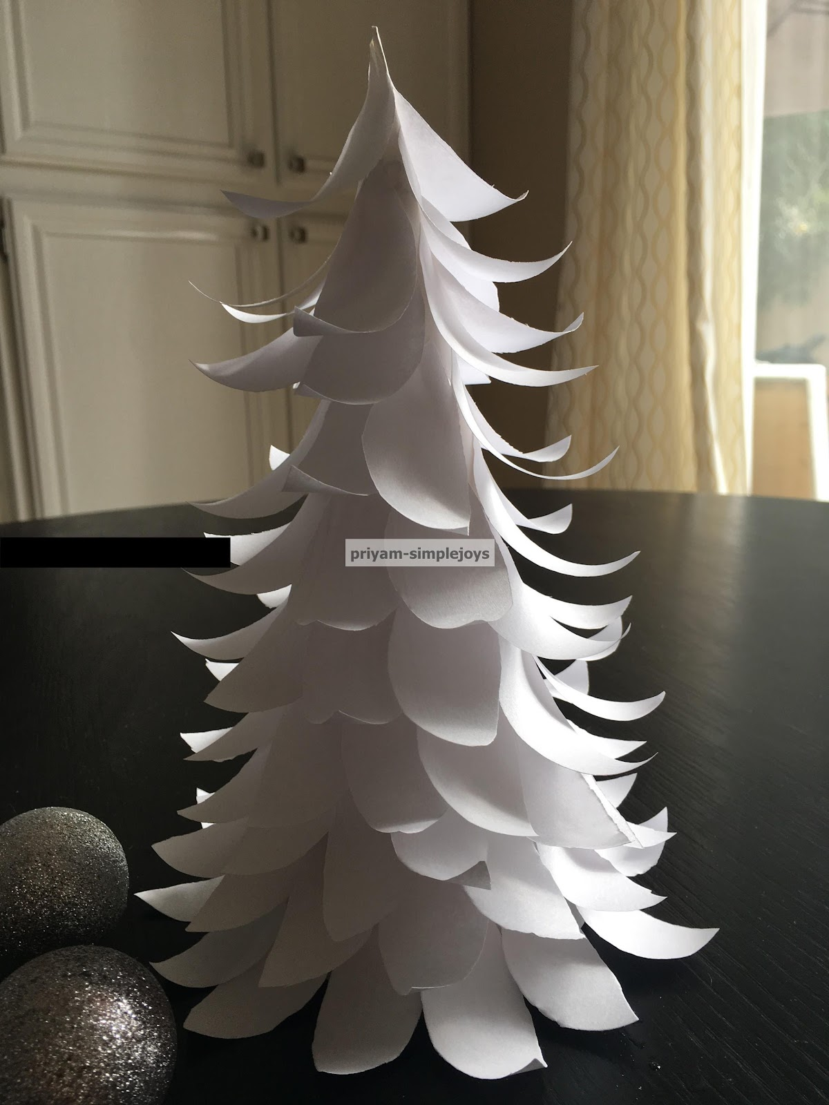 SimpleJoys: Paper Christmas Tree