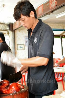 Hainanese-Chicken-Rice-Johor-Heng-Heng-Kulai