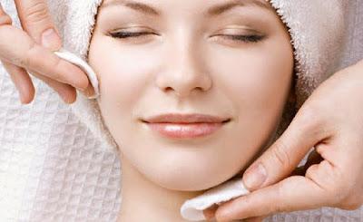 Tips Mmembersihkan Make Up Dengan Minyak Zaitun