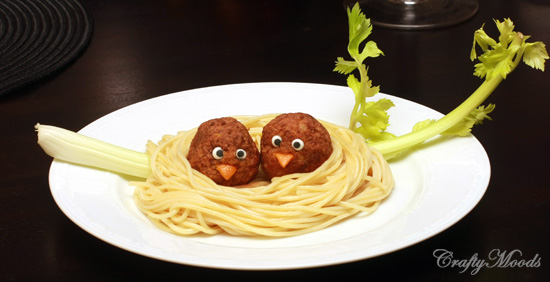 Nest of Spaghettis and Meatballs Step by Step.