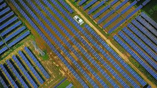 Solar farm (Credit: Barcroft Images / Barcroft Media via Getty Images) Click to Enlarge.