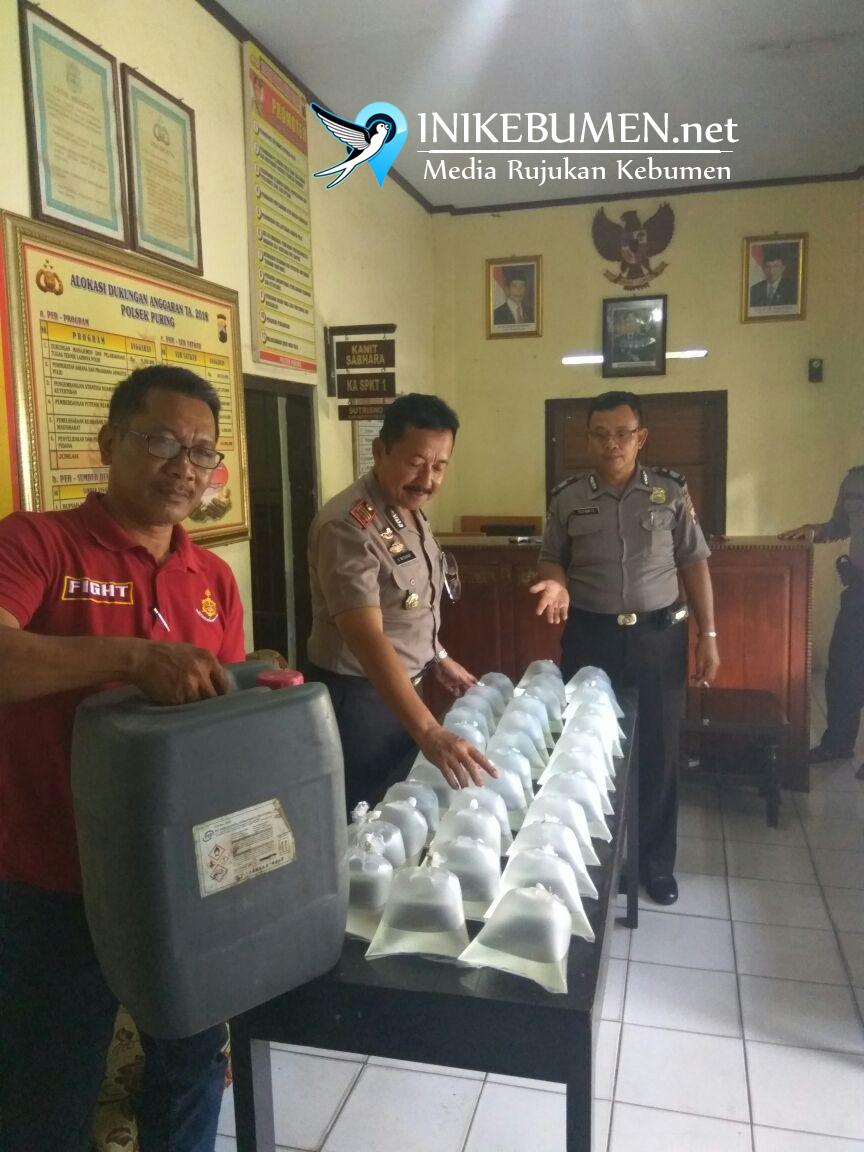 Tertangkap Basah Jualan Ciu, Dua Warga Puring Ditangkap Polisi