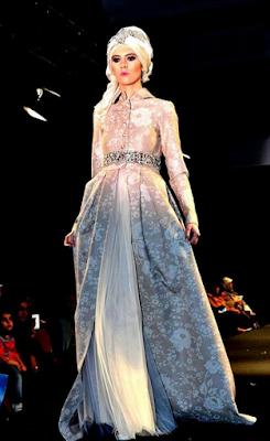 tailor  Tips Memilih Gaun Pesta Muslimah 579a4a47fd