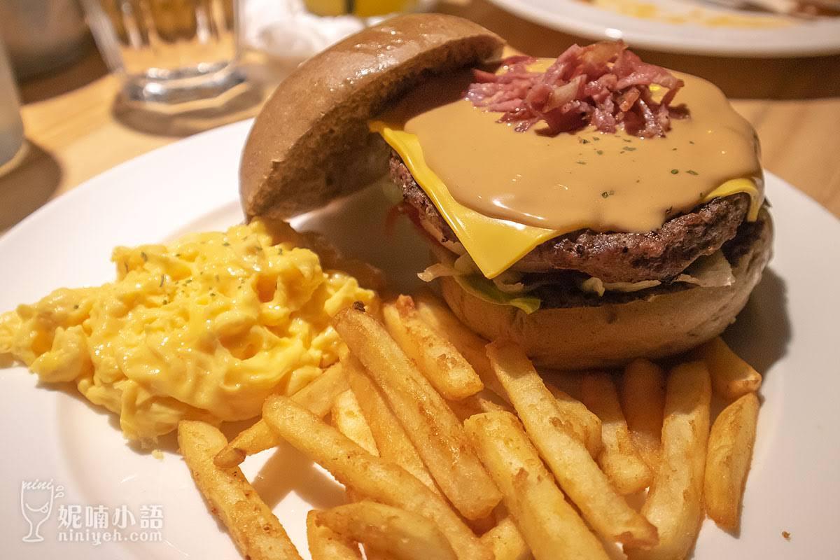 【東區美食】Stan & Cat 史丹貓美式餐廳。東區紓壓美式牛肉漢堡