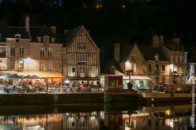 Viaje Bretaña turismo Dinan noche