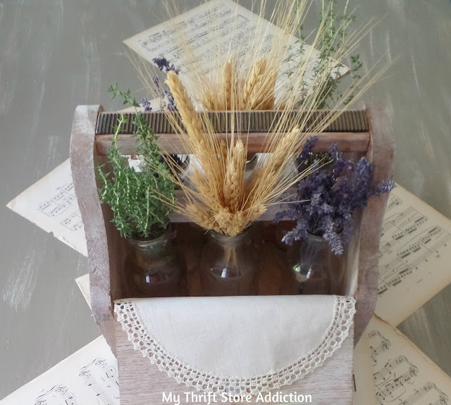 nature inspired farmhouse centerpiece
