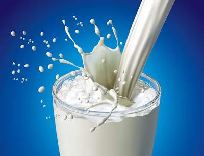 Resultado de imagen para leche salpicada