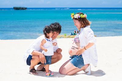 マタニティフォト 沖縄 海 家族写真