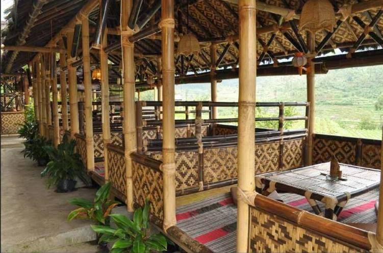 Amazing Holiday  Saung Gawir Bungalow  Resto