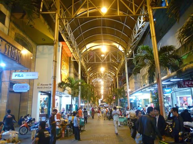 Mercado de Pasar Baru en Jakarta