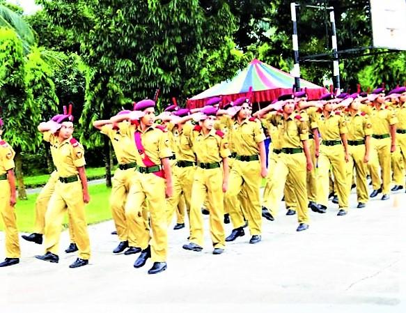 নেতৃত্বের কারিগর - ক্যাডেট কলেজ- Cadet college