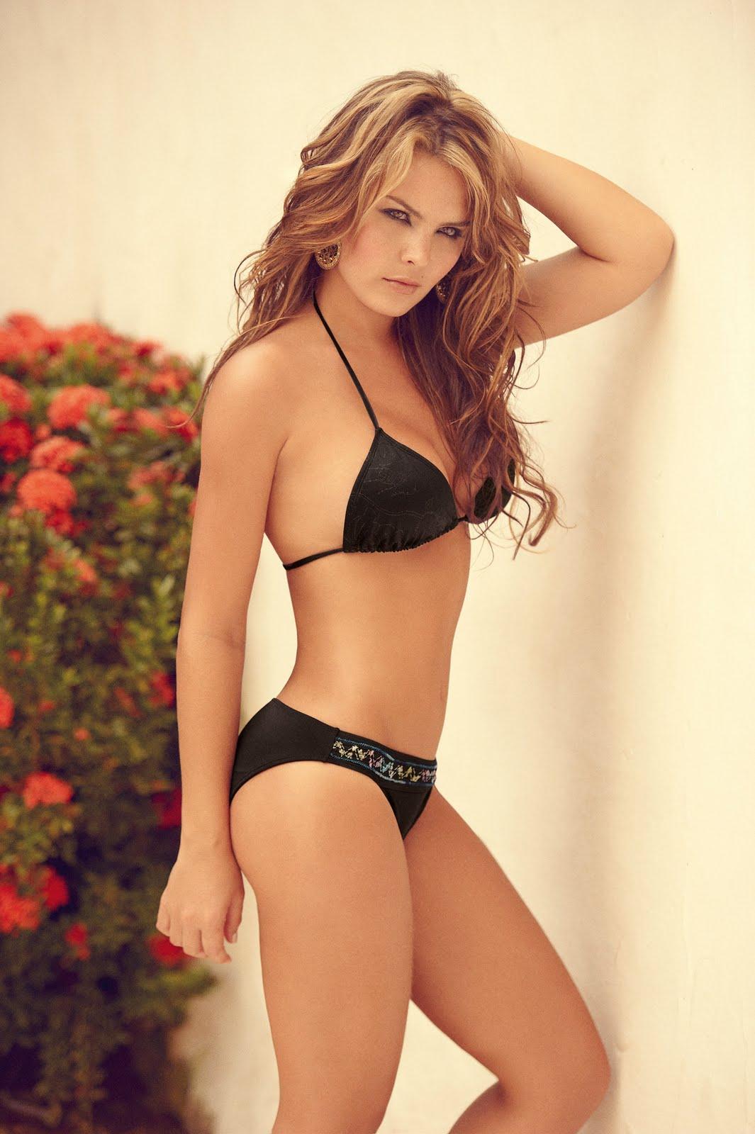melissa giraldo bikini babestrip swimwear collection fotos drill oops