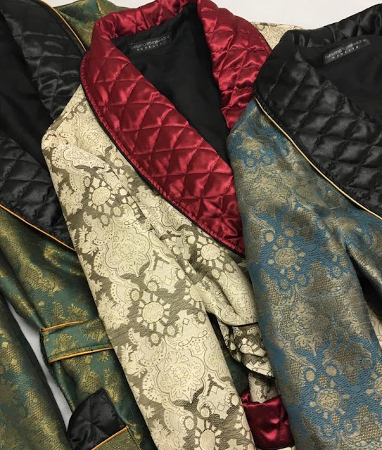 Men's luxury paisley silk dressing gowns in long floor length with quilted shawl collar
