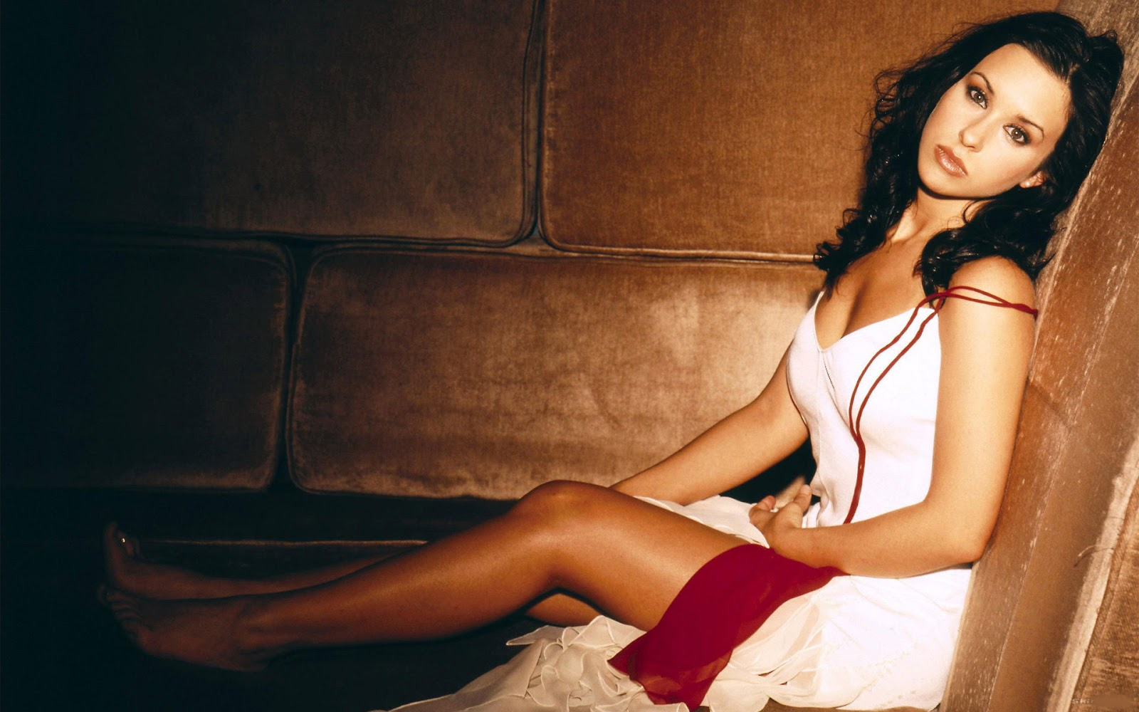 Hot Bio Celebrity Pictures: Lacey Chabert Hollywood ...Lacey Chabert Hot Wallpaper