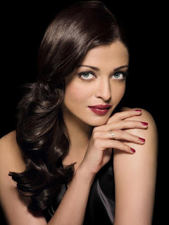 Aishwarya Rai And Her Black Hairs