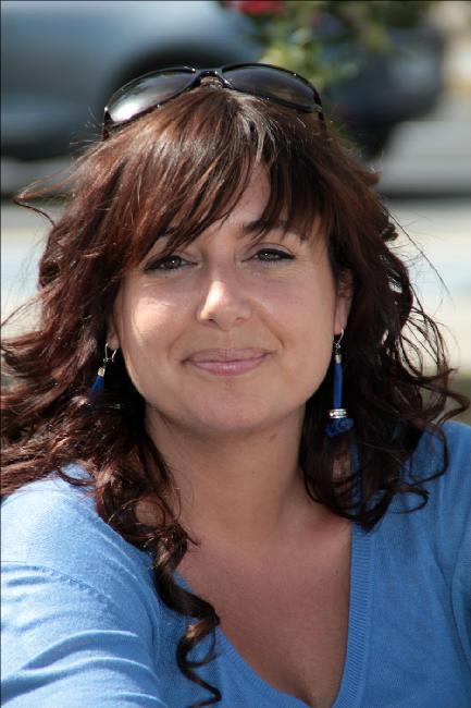 lectores villena FERNNDEZ Coloma Mil dolores pequeos El crculo de lectores Paula Barcel