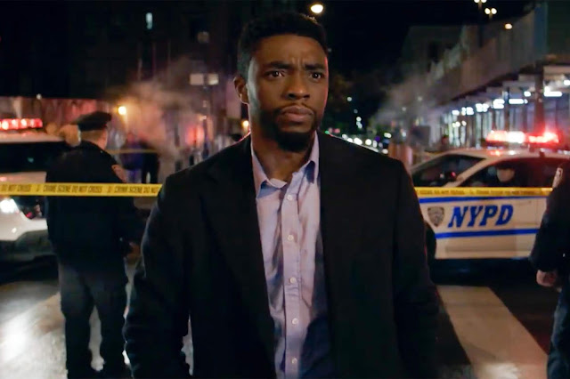 "Chadwick Boseman caça assassinos de policiais no trailer de ""21 Bridges"""