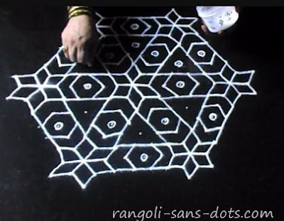 competition-rangoli-step-1.jpg