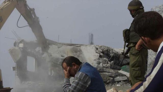 Israel obliga a palestino a demoler su casa en día de su boda