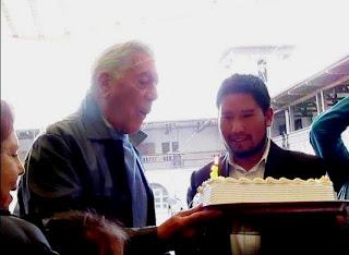 Ο Mario Vargas Llosa στην Chacas