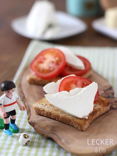 Rahmkäse, Frischkäse, Island, Isländischer Käse, selbstgemacht, homemade, Käse, Brotbelag, Brot Belag, Käse selber machen