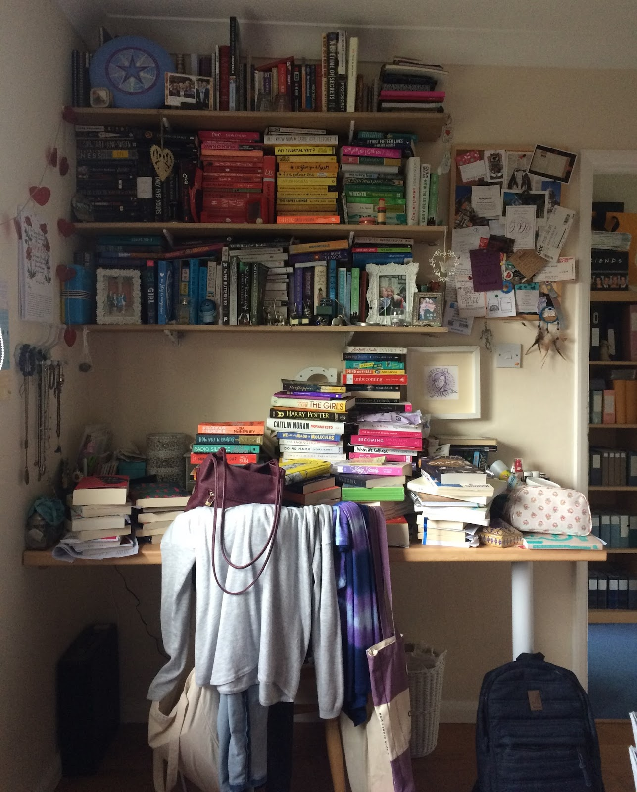 Co colour coordinated bookshelf - Of Course I Knew If I Was Going To Go For The Rainbow Look I D Have To Call In The Pro My Whip Smart Organiser Supreme Clare H H
