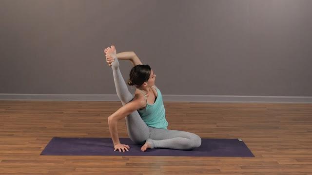 Mỗi ngày một tư thế Yoga || 46 Tư thế đồng hồ mặt trời