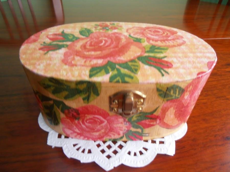 Caja decorada con servilletas de papel manualidades - Servilletas de papel decoradas para manualidades ...