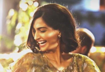 Jeete Hai Chal Song Lyrics - Neerja (2016) | Kavita Seth