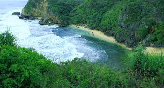 Pantai Muncar Gunung Kidul Yogyakarta
