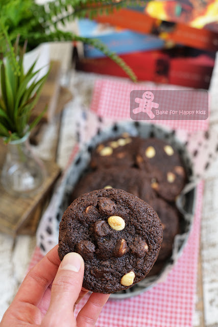 Subway Dark Chocolate White Chocolate Chips Cookies