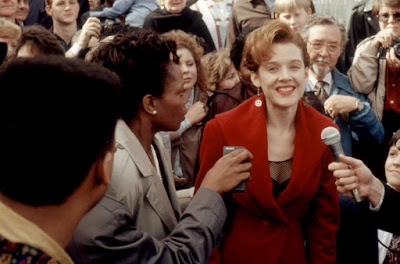 The Gun In Betty Lous Handbag 1992 Penelope Ann Miller Image 5