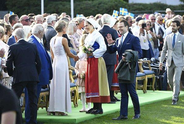 Queen Silvia, Crown Princess Victoria, Prince Daniel, Princess Estelle, Prince Carl Philip, Princess Sofia, Princess Madeleine and Christopher O'Neill