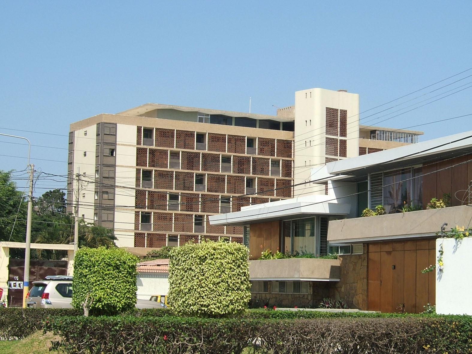Habitar arquitectura moderna en chiclayo miradas intensivas for Arquitectura moderna