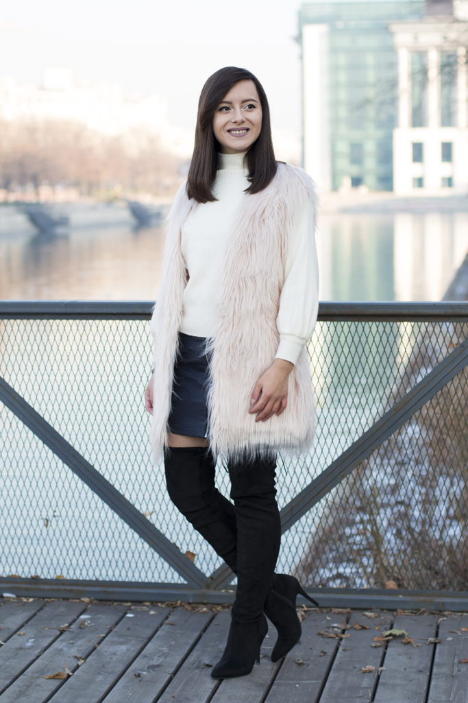 how to wear the faux fur vest