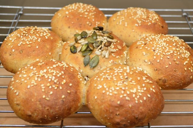 Tear and Share Granary Bread Rolls