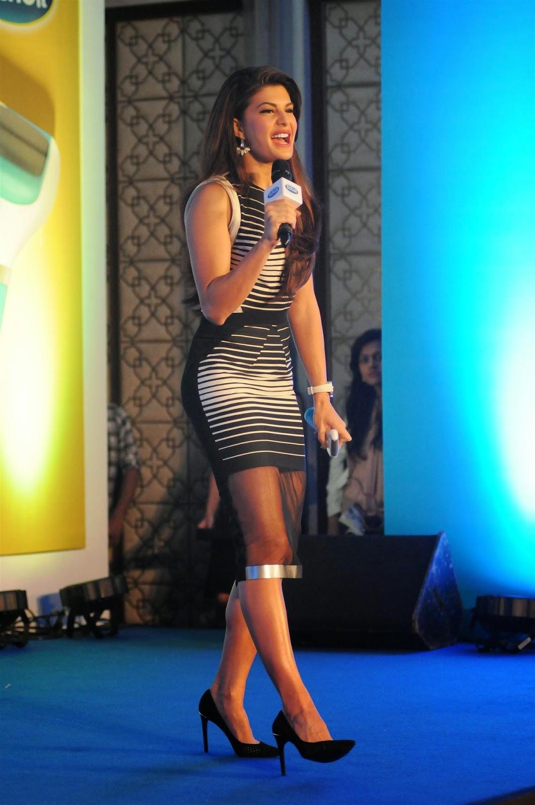 Jacqueline Fernandez Hot Photos In Short Dress At The