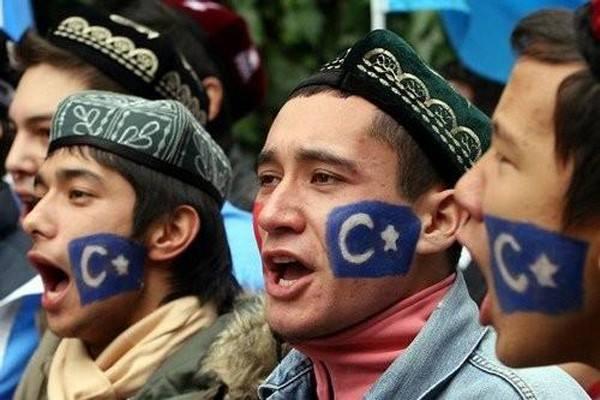 Siapakah Bangsa Uighur?