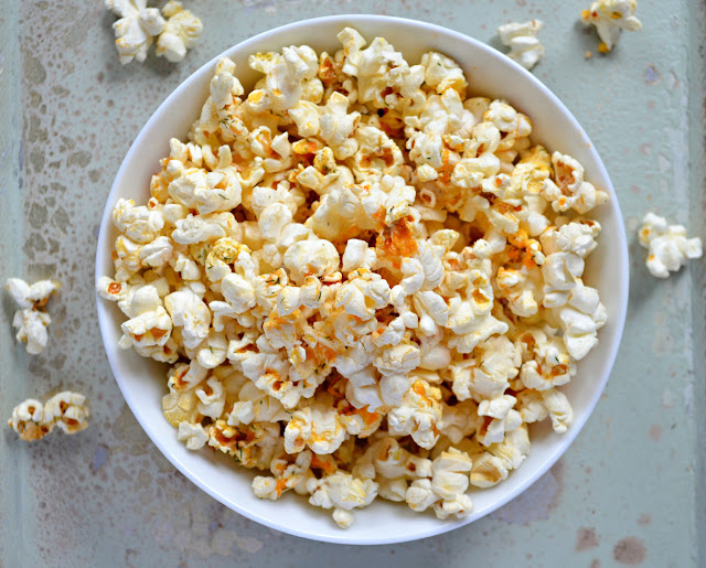 24 Tailgating Recipes You Can't Live Without! Buffalo Ranch Popcorn