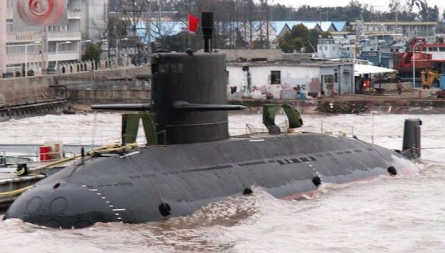Image Attribute: Yuan (Type 039A) Class Attack Submarine Source: Photograph provided to CRS by Navy Office of Legislative Affairs, December 2010. / Source: Wikipedia