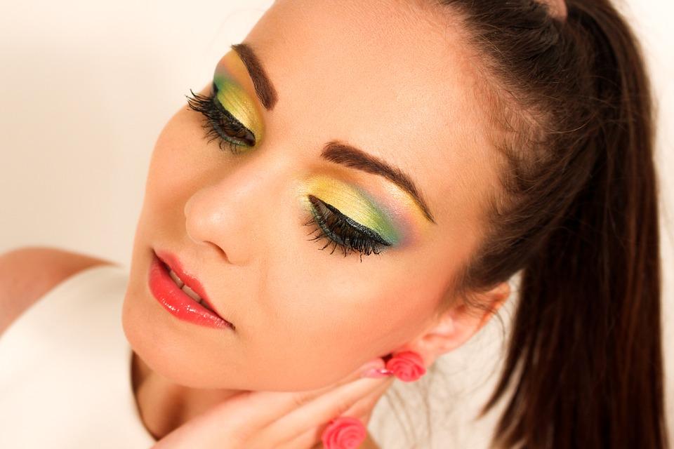 beauty-with-wild-eyeshadow