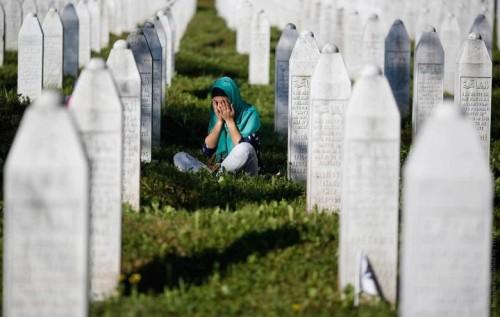 Кладбище убитых сербами мусульман в Сребренице