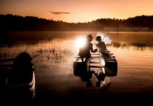 Foto Prewedding Romantis Unik