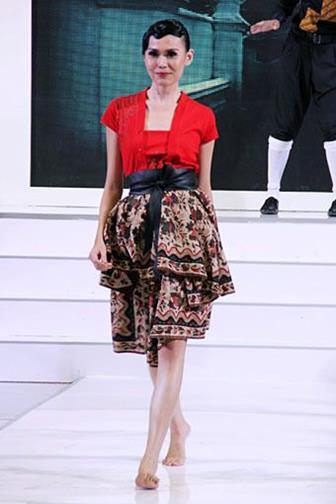Model Baju Batik Kombinasi Kain Polos Terbaru