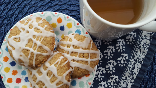 Iced Oatmeal Cookies and Tea