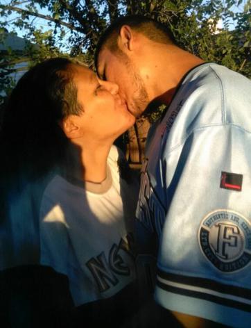 Resultado de imagen para Madre e hijo no temen ir presos por su relación intima!