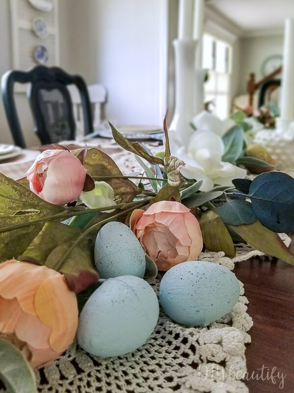 easter decorating ideas to beautify your easter Chalk Painted Speckled Robins Eggs