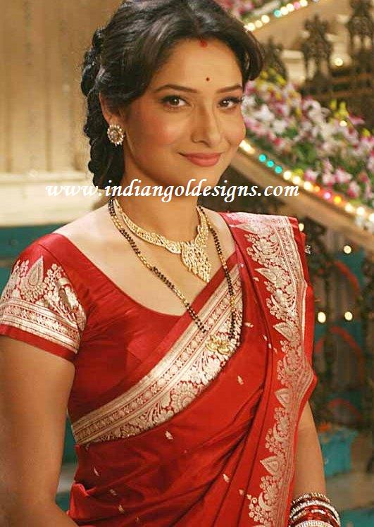 Gold and Diamond jewellery designs: ankita lokhande in ...